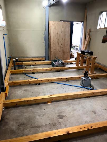 鉄筋コンクリート造りの内装リフォームの床