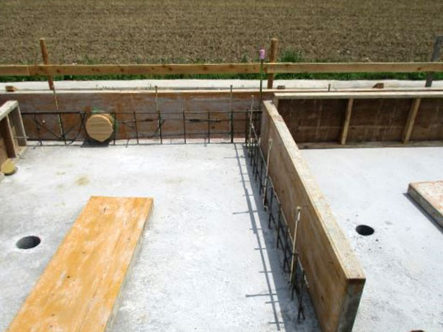 基礎工事は、自社の物件に関しては自社施工